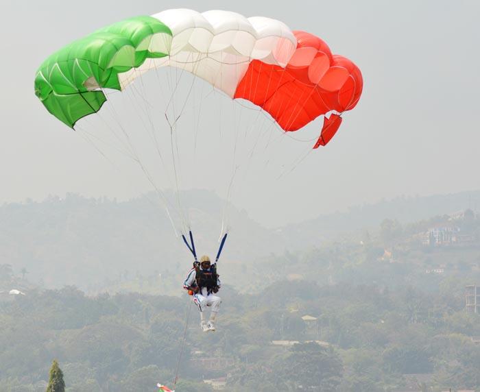 Selon l'ordonnance ministérielle du 18 septembre 2015, le 121ème bataillon des parachutistes a été délocalisé à Mujejuru