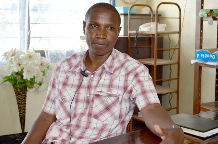 Richard Ngendakumana : « Les craies de Chalk Chain ne se cassent pas facilement et elles sont moins chères. »
