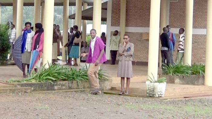 Ecole Paramédicale Saint Michel de Nyamutobo, les élèves n'ont plus accès aux salles de cours