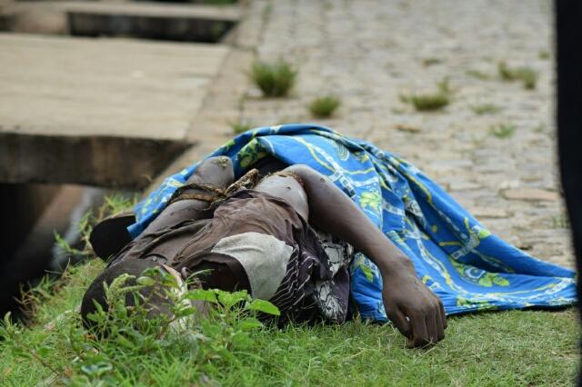 un des corps trouvés à Nyakabiga I