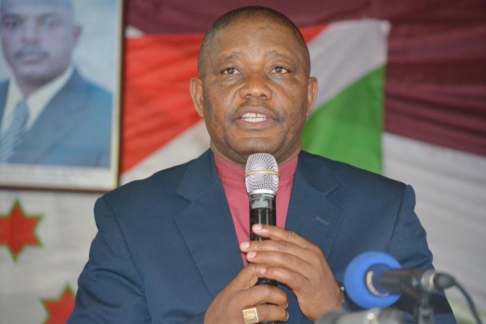 Mgr Justin Nzoyisaba:«Le médiateur peut toucher les autres Burundais qui sont à l'étranger que nous ne pouvons pas toucher.»
