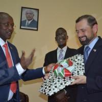 Visite de l'Envoyé spécial des Etats-Unis pour les Grands Lacs: Bujumbura campe sur ses positions