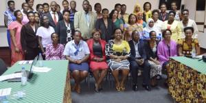 Photo de famille des participants à l'atelier organisé par l'AFAB