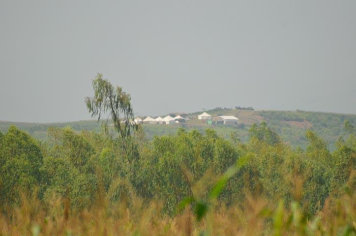 Des tentes des militaires de la Monusco dressées à Kanganilo à quelques mètres de la Rusizi du côté de Rugombo.