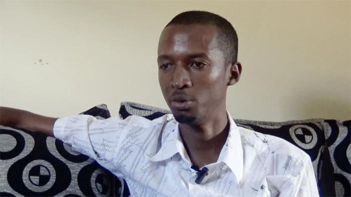 Mes exigences par rapport à la finition et la confection de l'accoudoir ont été respectées », approuve Yves Munyeshaka