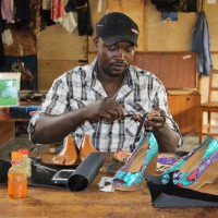 Osez entreprendre / Des chaussures « made in Burundi »