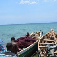 Quelques pêcheurs  et leurs bateaux sauvés de la noyade