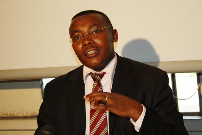 Dr Thaddée Ndikumana: «Le traitement de la tuberculose est très compliqué vu que certains malades se lassent de prendre les cures prescrites»