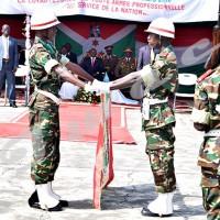 Mardi, 29 mars 2016 - Passation de témoin entre la 41ème et la 42ème promotion de l'Iscam devant le président de la République du Burundi. C'était lors de l'ouverture de l'année académique 2015-2016 ©D.N/Iwacu