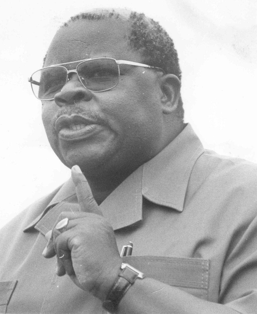 William Benjamin Mkapa, co-facilitateur dans la crise burundaise