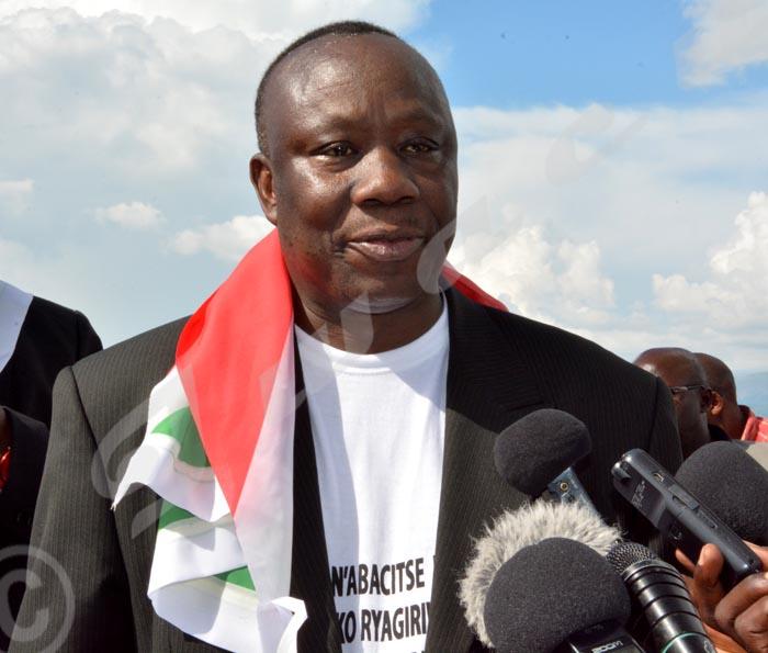 Frédéric Nzeyimana: «Tous les critères sont remplis pour parler d'un génocide Hutu en 1972.»