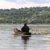 Photo 2 Le lac Rwihinda est une mère nourricière pour certains jeunes de Kirundo.