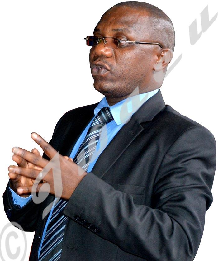 Alors que la visite devrait continuer mardi, le gouverneur Joseph Iteriteka a pris la décision de la suspendre.