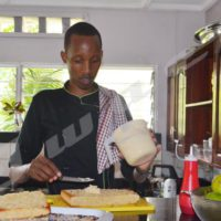 Steve Bergerr Nzitonda : l'amoureux de la pâtisserie