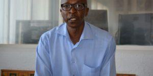 Pour Aloys Batungwanayo, «il n'y aura jamais de paix tant que les loups et les moutons sont mélangés.»