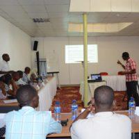 Pour Leonard Nkeshimana : «Marginaliser les groupes vulnérables ne fait qu'augmenter le risque de contamination»