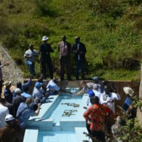 Journée diplomatique : un guide raconte aux diplomates l'histoire de la découverte de la source du Nil