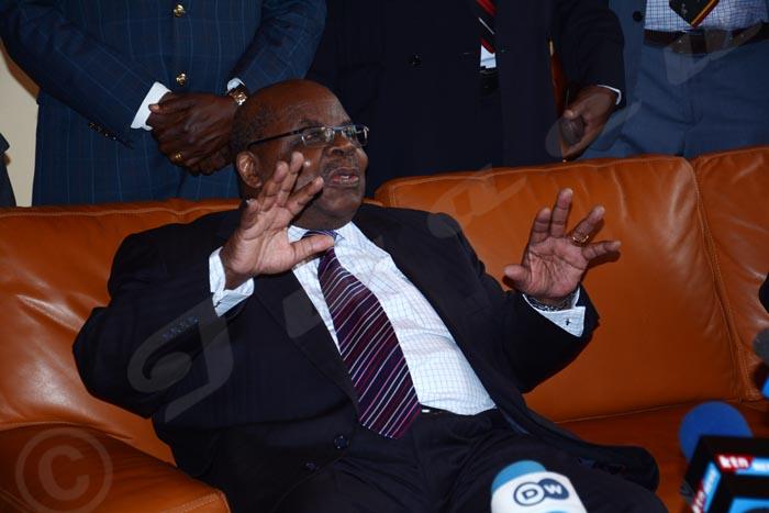 Mkapa : « : «Il est clair que les instigateurs du coup d'Etat et ceux qui ont trempé dans la violence n'ont pas de place à la table des négociations.»