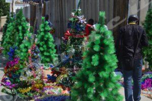 Faute de moyens, l'engouement pour la fête de Noël laisse à désirer.
