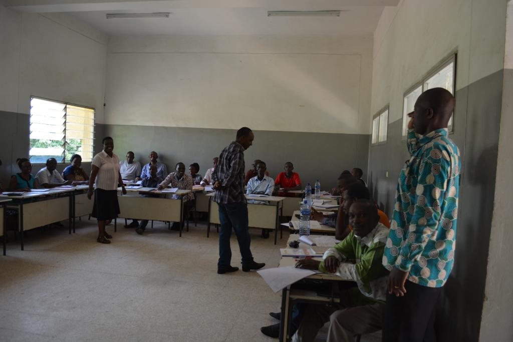 Certains enseignants suivent la formation modulaire au Centre Culturel Islamique
