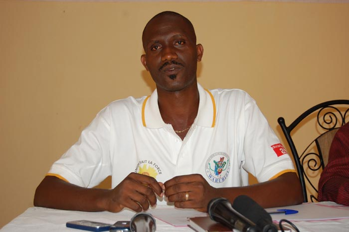 Anschaire Nikoyagize : « Les dirigeants actuels rendent un mauvais service aux jeunes générations.»
