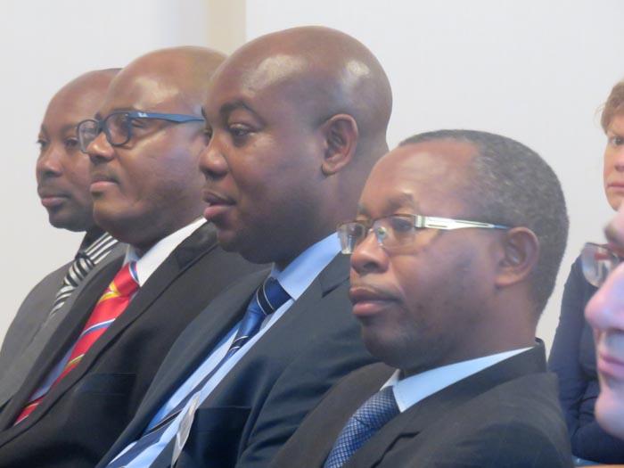 La délégation du parti FNL conduite par Aimé Magera (2ème à droite) : « Nous sommes les premières victimes »
