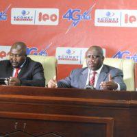 De gauche à droite, le DG et le directeur commercial d'Econet lors du lancement de la 4G.