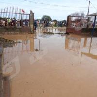 A l'Ecofo Kamenge 2, école inaccèssible suite au fortes pluies de ce dimabche 2 avril