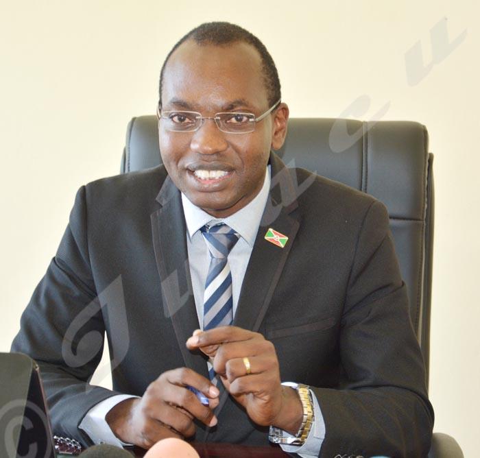 Willy Nyamitwe : « A défaut d'un démenti public, elle devra être poursuivie en justice pour cet outrage.»
