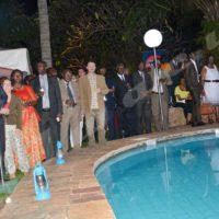 Les invités écoutent le discours de M. l'ambassadeur de l'Union européenne au Burundi