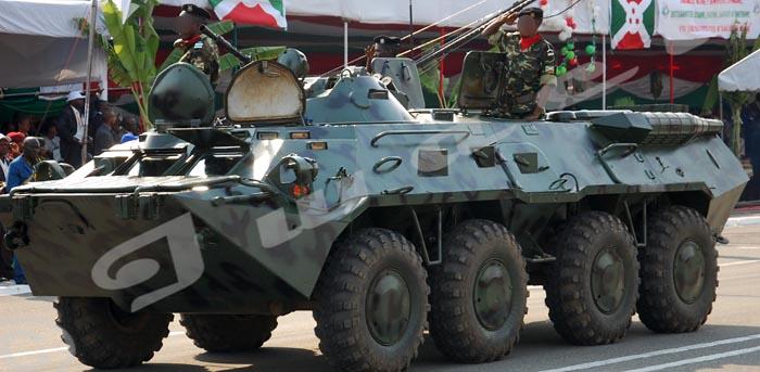 Des blindés étaient postés un à Musaga et l'autre à Kamenge sur la RN1