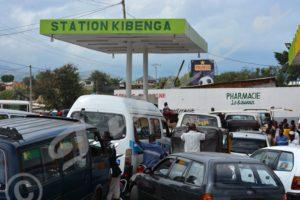 Des longues files d'attente à la Station Kibenga