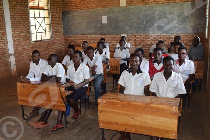 La classe post-fondamentale du lycée de Nyamagana.