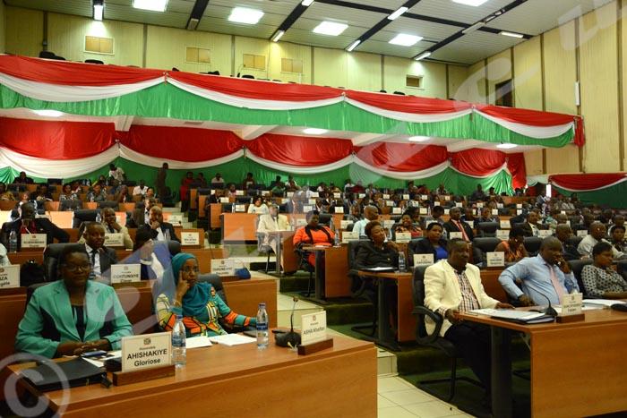 Les parlementaires demandent la levée des sanctions contre Bujumbura