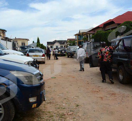 Mercredi 16 mai -Au bureau de la CEPI Mairie, des véhicules prêts à être déployés vers les CECI à 12h