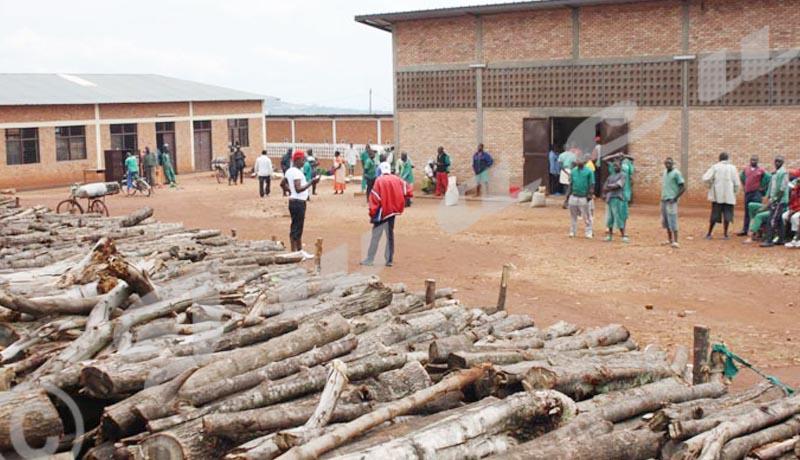 Ngozi : les voisins de la prison désemparés