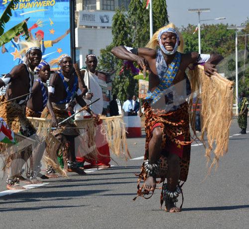 Commémoration du 56ème anniversaire de l'indépendance du Burundi: des danseurs intore en action  ©Onesphore Nibigira/Iwacu