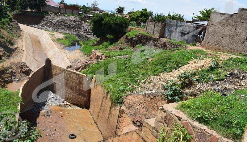 Des déchets  à la reconquête de la Nyabagere