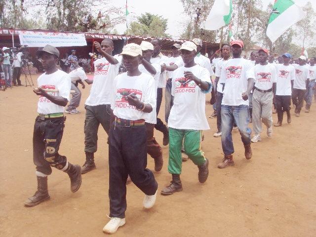 Fête du combattant à Bujumbura : défilé des Imbonerakure
