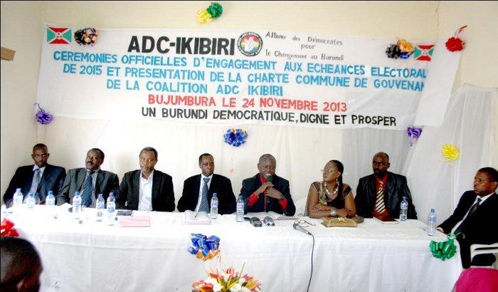 Les leaders de l'ADC Ikibiri lors de la cérémonie ©Iwacu