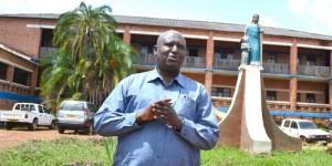 Mgr Antoine Madaraga, recteur du Petit Séminaire de Mureke ©Iwacu