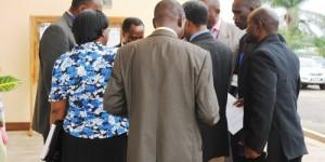 Des membres de l'Adc-Ikibiri se concertent ©Iwacu