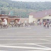 Ruhwa, les passagers venant du Burundi attendent de recevoir le laissez-passer ¢Iwacu