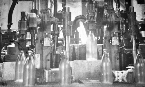 Les quelques bouteilles sorties de la Verrundi avant sa fermeture ©Iwacu