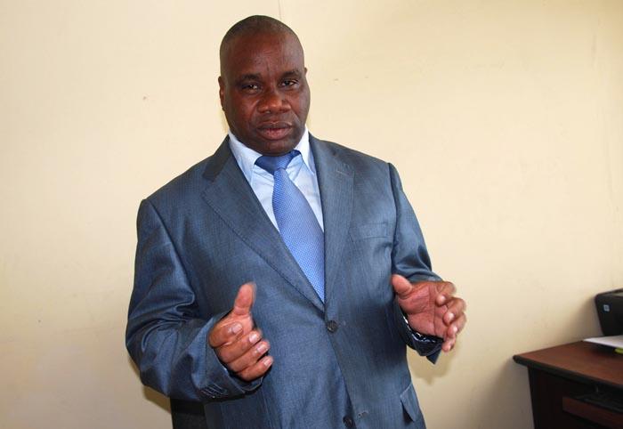 Pour le ministre Roland Kavakure, l'Accord d'Arusha n'est pas l'Evangile ou la Bible ©Iwacu