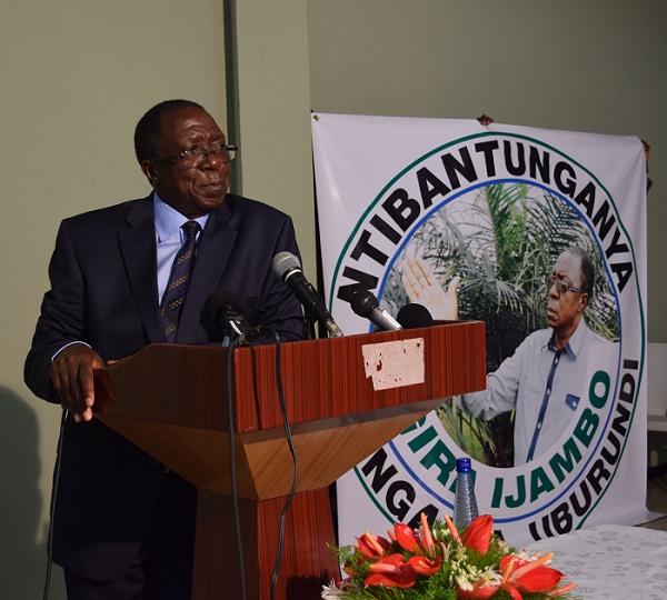 Sylvestre Ntibantunganya : «Pour ceux qui font de la bonne politique, il s'agit d'une flexibilité. »