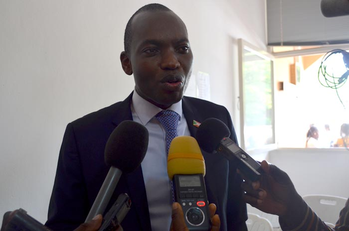 Willy Nyamitwe : « les medias vont bientôt rouvrir. »