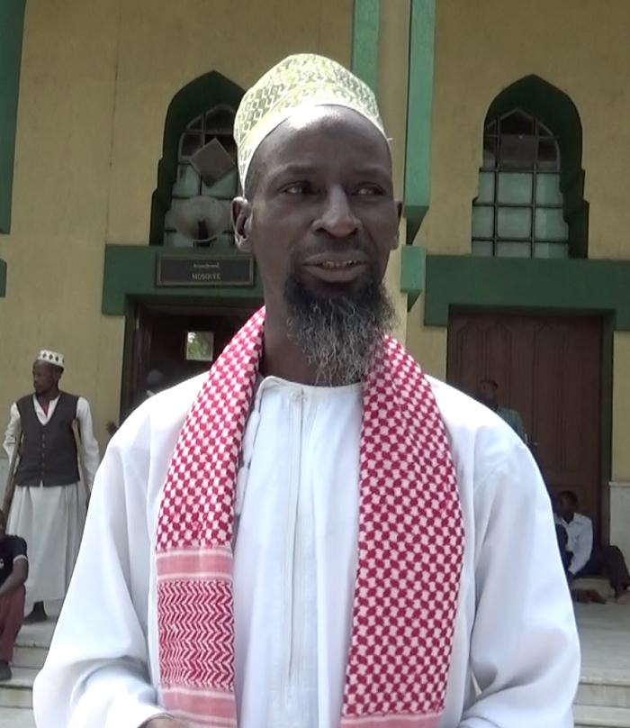 Al Hadj Haruna Nkunduwiga : «J'invite les musulmans à oublier tout ce qui  les divisait…» – IWACU