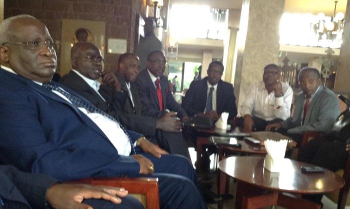 L'opposition est parvenue  à se mettre ensemble au sein CNARED (Sur la photo certains membres de ce conseil)