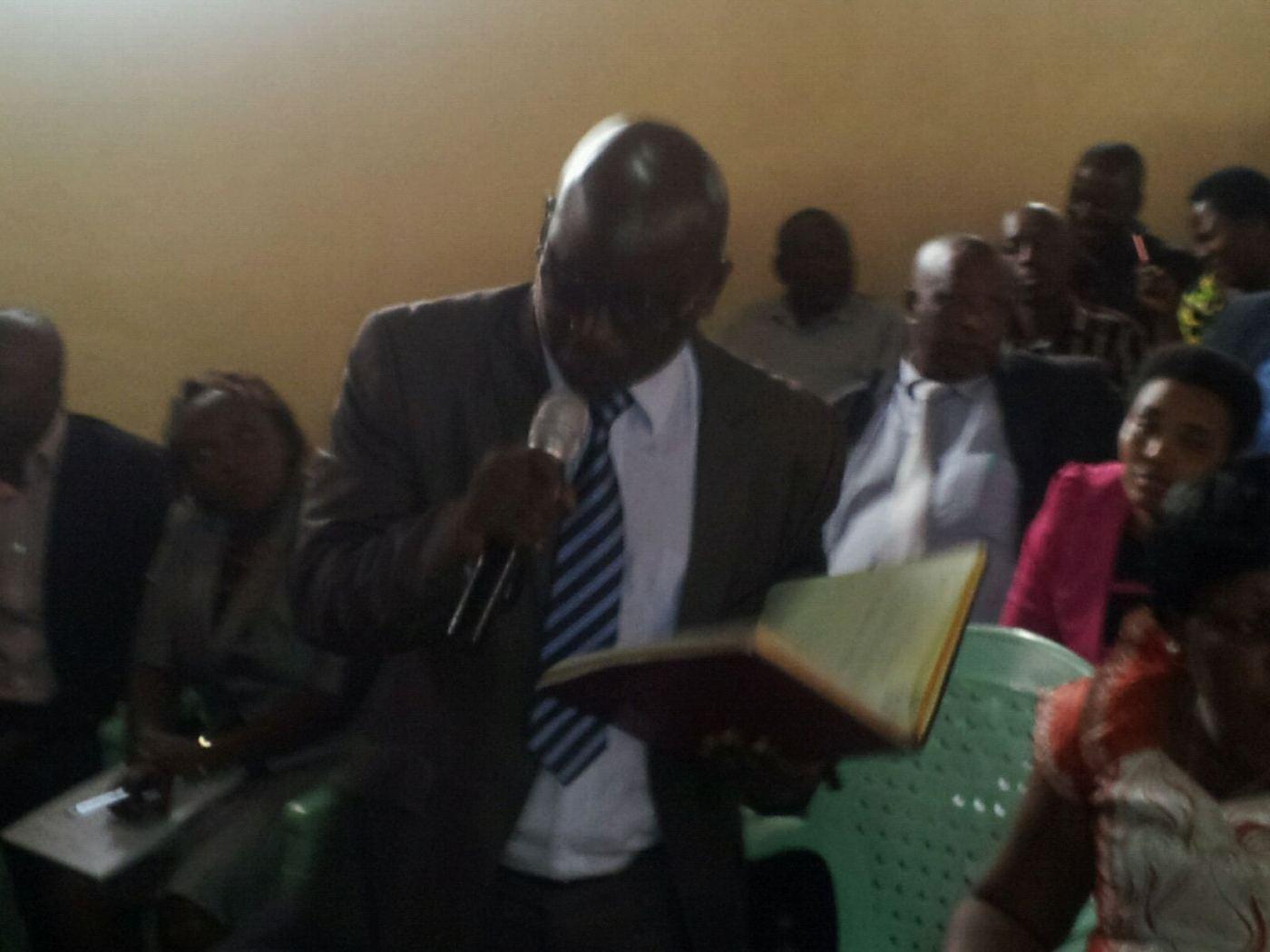 Ce député demandera que la révision de la Constitution pour qu'un président élu dirige jusqu'à ce qu'il en soit incapable comme pour les anciens monarques du Burundi